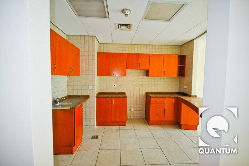 4 Vacant Apartment|Next to Community Mall