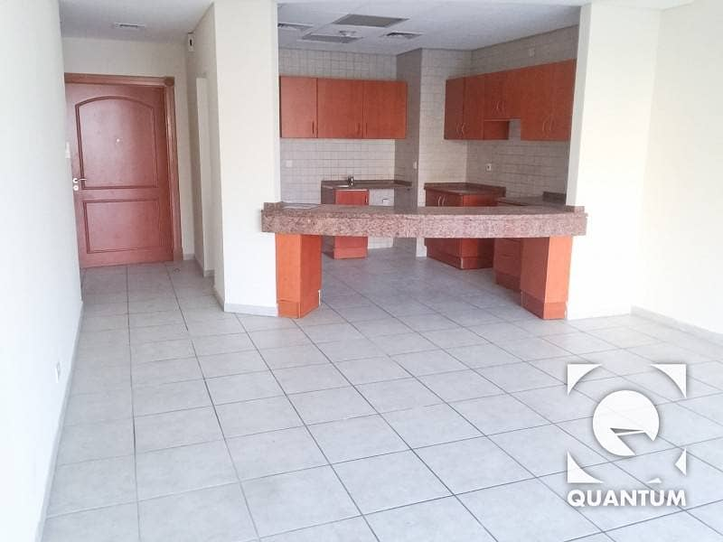 3 Vacant Apartment|Next to Community Mall
