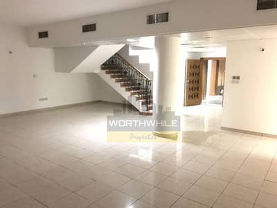 Very Big and beautiful Duplex 4master BR with maid room, wardrobes is available for rent on Salam St