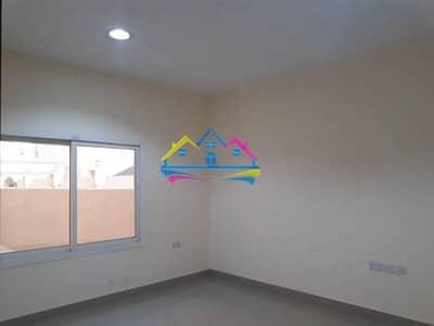1 bedroom inside compound 0?e parking free