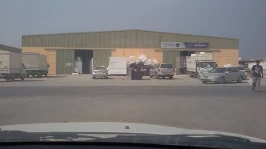 Warehouse for Sale in Al Jurf, Ajman - Good For Investment rented warehouses for sale with 10% Income