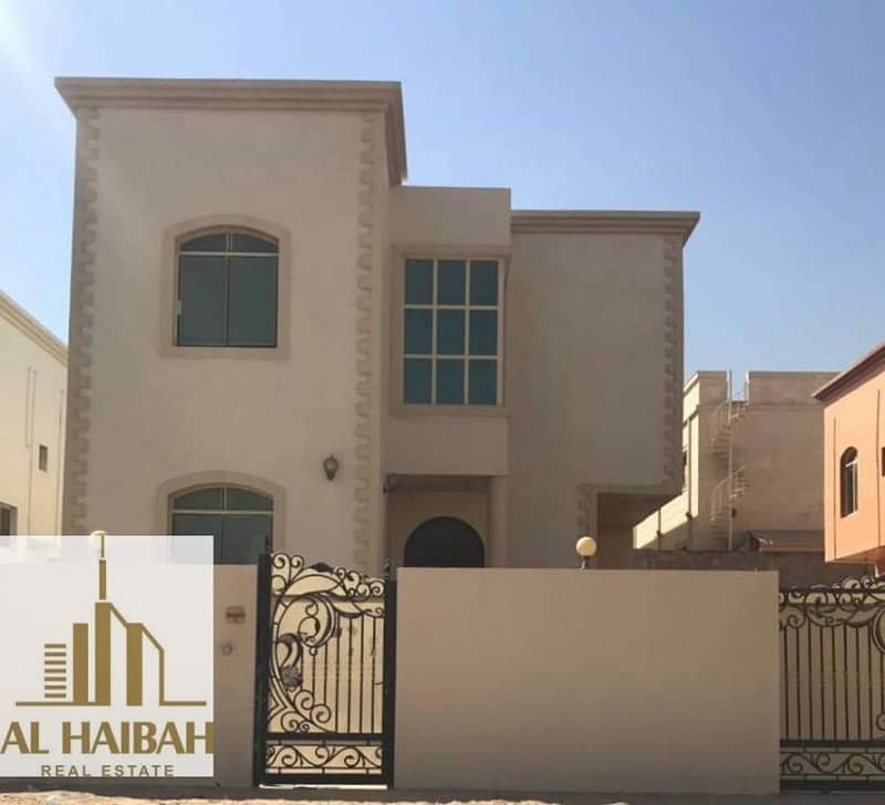For rent villa two floors very distinctive location next to a mosque