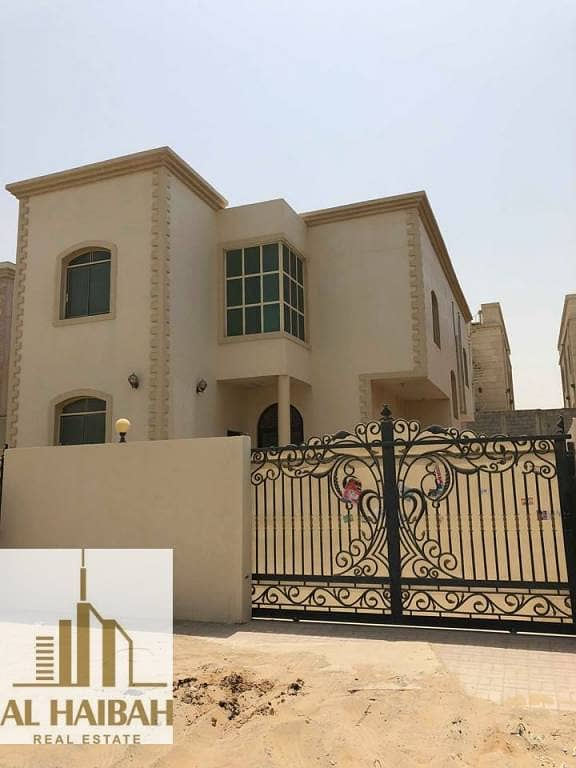 2 For rent villa two floors very distinctive location next to a mosque