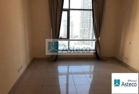 1 Bedroom Apartment for Rent in Dubai Marina, Dubai - Rare Full Marina & Sea view Unfurnished.