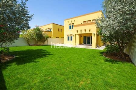 فیلا 3 غرف نوم للايجار في جميرا بارك، دبي - 4 cheques | Vacant now | New landscaping