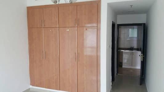 Urgent Sale - Furnished 1 Bedroom near JLT metro station full lake view