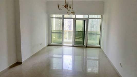 1 Bedroom opposite JLT metro station full lake view