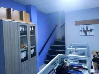 Warehouse and ready furnished office for rent in Al Quoz