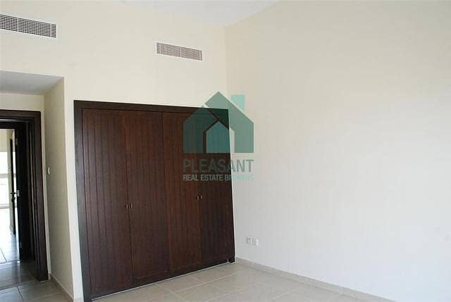 2  3 Br with balcony in Layan