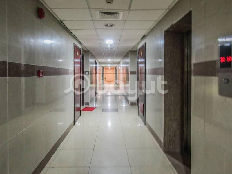 Free parking 3 bedroom . Emirates Tower behind Oriana hospital. :::