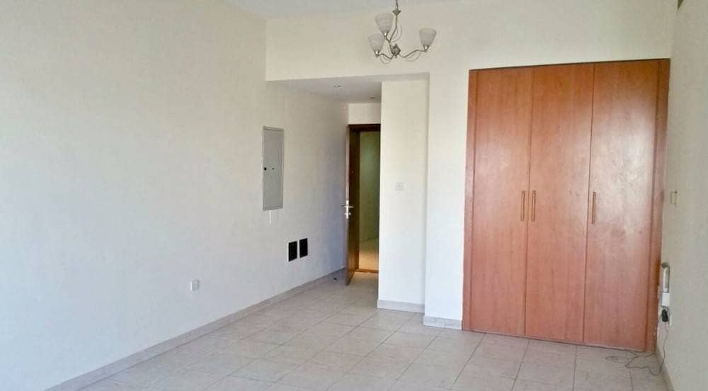2 2 Bedrooms Available For Rent Opposite Of Lamcy Plaza Oud Metha