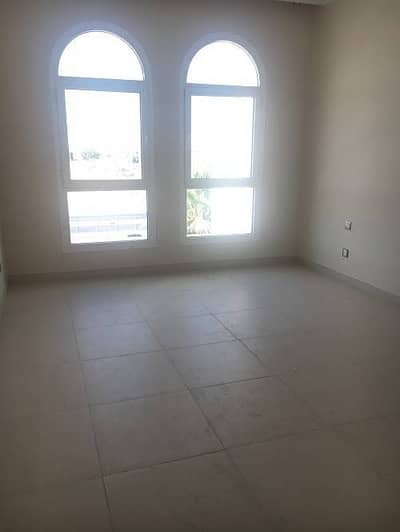 2 Bedroom Apartment for Rent in Al Wasl, Dubai - Unfurnished 2 BHK with 1-month Grace Period free in DAR Wasl