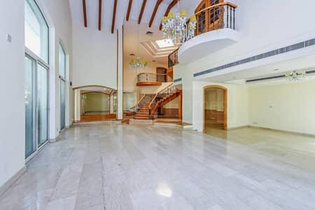 5 Bed Private Villa with Garden in Al Wasl