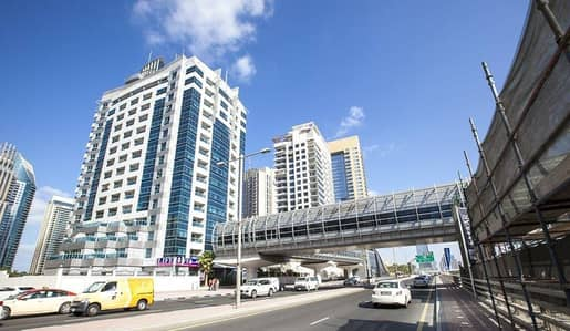Spacious 1 Bedroom in Dubai Marina for rent