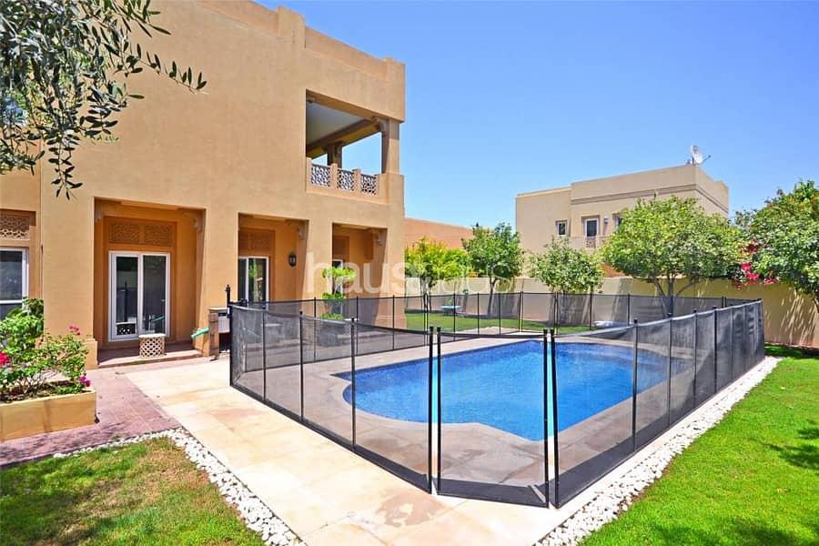 Great location | 7 bed Al Mahra | P.Pool