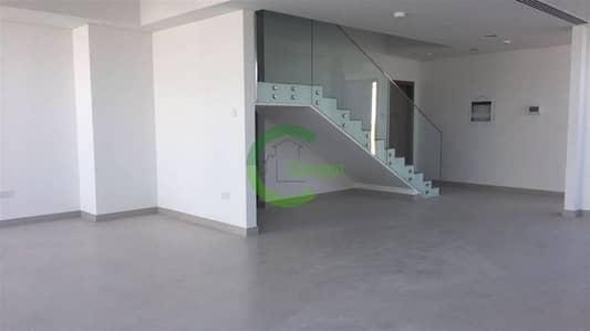 Corner unit 5BR Villa w/ Elegant Interior
