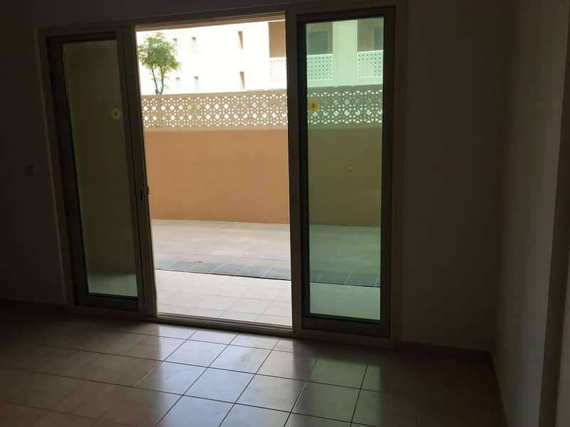 Last big apartment with garden view - No agency fees