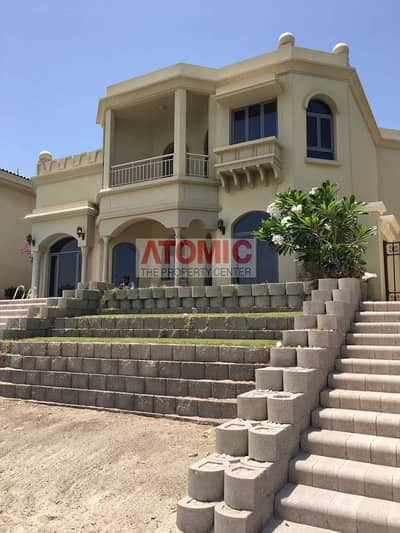 4 Bedroom+Maid room villa with Burj Al Arab view is Available for Rent in Garden Homes-Palm jumeirah-Dubai-UAE