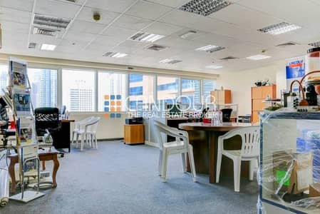 Office for Sale in Jumeirah Lake Towers (JLT), Dubai - Close to Metro | Fully Fitted Office| SZR Road View | JLT