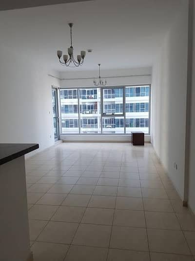 1 Bedroom For Rent In Skycourts Tower F