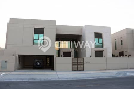 luxurious and bright corner villa at a reasonable price