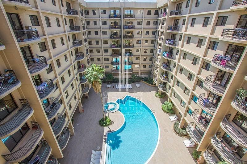 6 Luxury life style/ pool view / 4 Cheqs