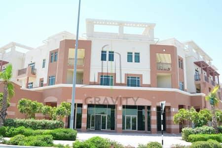 Vacant - Modern 1br terrace apartment in Al Ghadeer