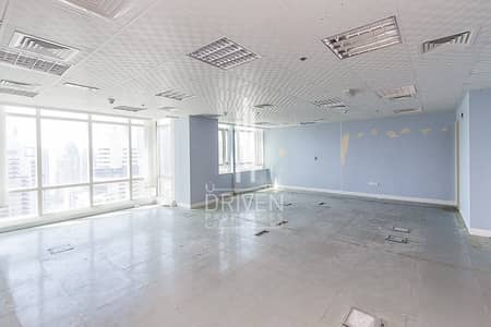 Office for Sale in Jumeirah Lake Towers (JLT), Dubai - Amazing fitted office high floor in Liwa