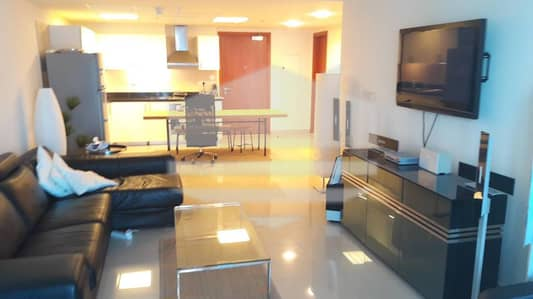 95K 2 Cheques for Fully Equipped Kitchen 1 BR|High Floor|Park Tower B|DIFC