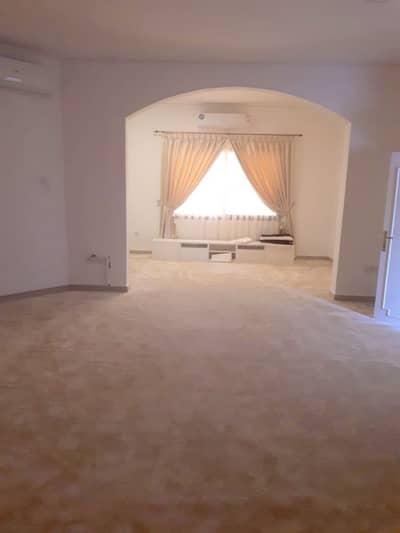 فیلا  للايجار في المربع، العین - فیلا في المربع 3 غرف 80000 درهم - 3261494