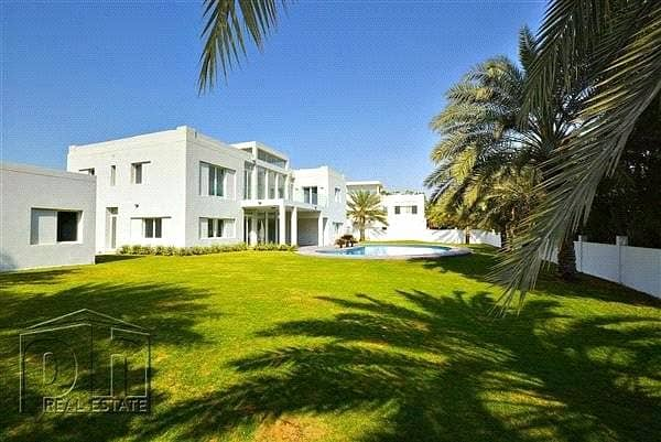 Upgraded Modern Villa on Large Plot