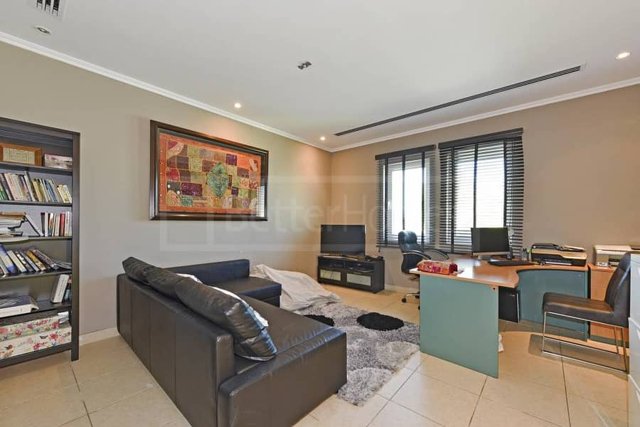 3 Beautiful and very well maintained villa