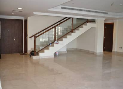 Vacant, Duplex 4 bhk plus maids,  Sea view, Best Layout!
