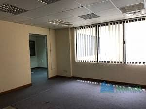 Office space of 1786 Sq.ft in oud metha with water
