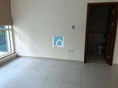 1 Bedroom Apartment for Sale in Dubai Marina, Dubai - Excellent Price for Full Marina View 1BR Apt for Sale