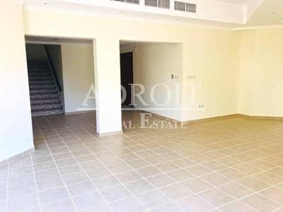 3BR Villa in Mirdif @ 155k ! No Agency Fee ! 12 Cheques !