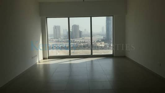 Large 1 Bedroom mid level floor
