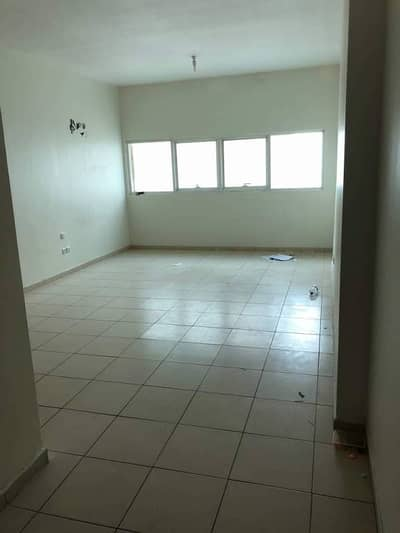 2bhk biggest size 12 payment for rent in Ajman one tower