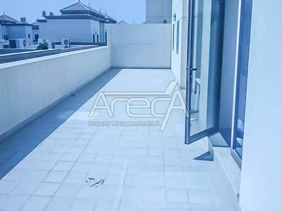 2 Bed Apt with Parking!!! Facilities in Al Maqta Area