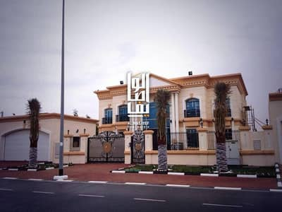 INDEPENDENT LUXURY BRAND NEW 5 BEDROOM  VILLA IN AL QUOZ 1 FOR RENT
