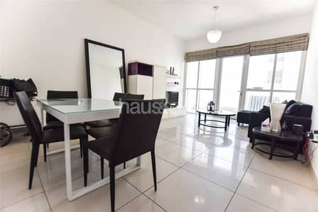| Furnished High Floor with Palm Views |
