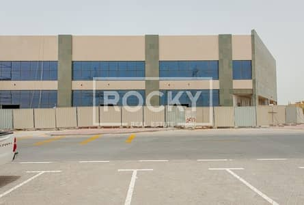Brand New Showroom /Retail For Rent in Al Barsha