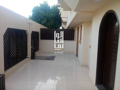 4 BED LUXURY  VILLA SQUASH COURT IN JUMEIRAH 3