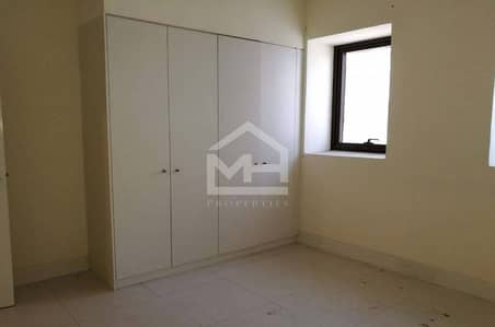 2 Bedroom Apartment for Rent in Rawdhat Abu Dhabi, Abu Dhabi - 2 BR with Balcony and Kitchen Appliances