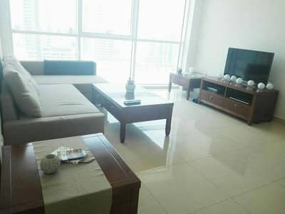 HUGE 1 BEDROOM APT WITH FURNITURE AND EQUIPPED KITCHEN!