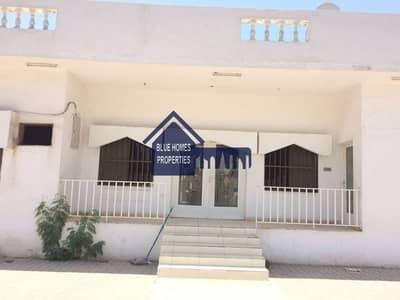Independent 4 Bedrooms Villa in Al Hazannah