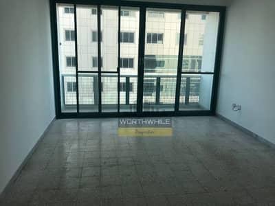 شقة في الخالدية 2 غرف 70000 درهم - 3276048