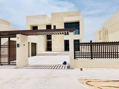 5 Bedroom Villa for Sale in Saadiyat Island, Abu Dhabi - FRONTALLY FACING TO THE SEA VILLA TYPE 5