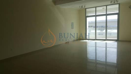 2 Bedroom Apartment for Sale in Dubai Marina, Dubai - Beautiful 2 bedroom with maid room available for sale at DEC TOWER T2
