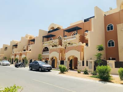 5 Bedroom Villa For Rent=- Al Barsha South